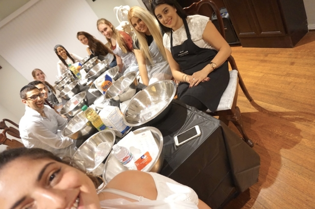 AishLIT Monthly Challah Bake, october, 2017 - 11